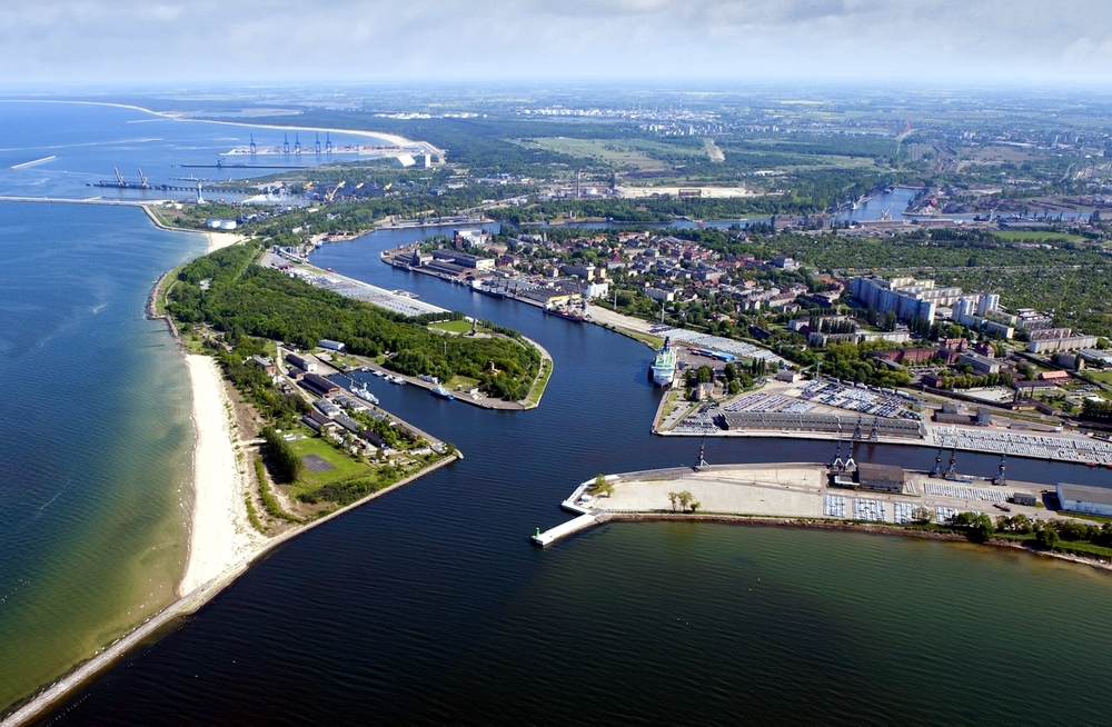 Nearly 36 million tonnes of goods handled in the Port of Gdansk in 2015
