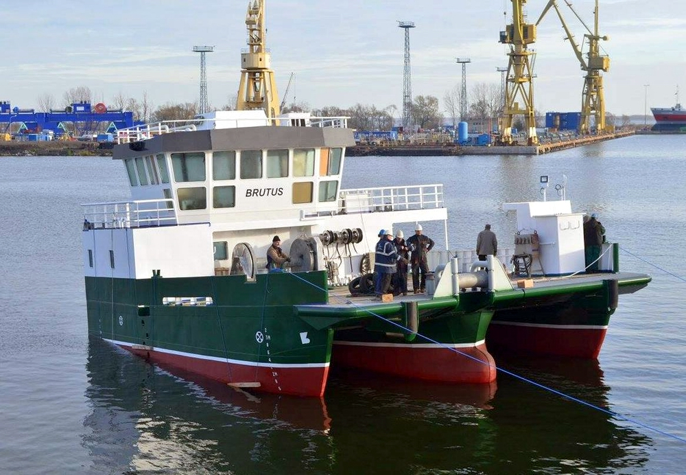 Brutus trimaran workboat from PTS Ltd. yard in Szczecin