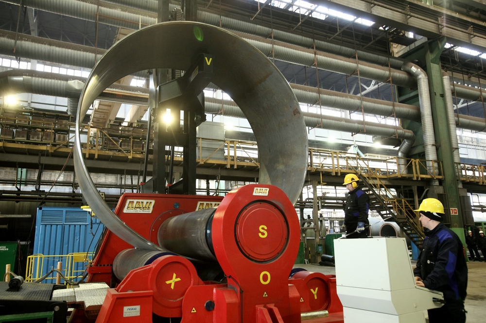 The ceremony of the roll bending machine start-up at Gdansk Shipyard on March 3, 2015. Photo: GSG Towers