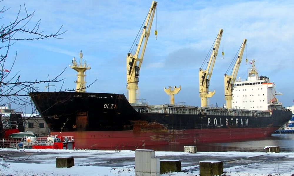 Polsteam's bulkcarrier modified for low-sulphur fuel