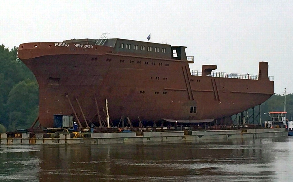 Survey vessel hull launched at Hullkon yard in Szczecin