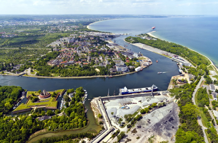 New infrastructure projects involve modernisation of the fairway, expansion of the quays, and improvement of the conditions of navigation at the Inner Port in Gdansk. Photo: Kacper Kowalski/PGA
