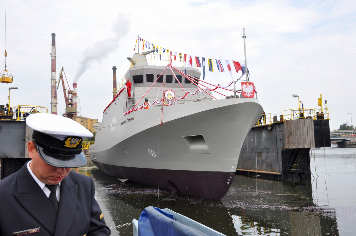Minehunter launched and christened at Remontowa Shipbuilding