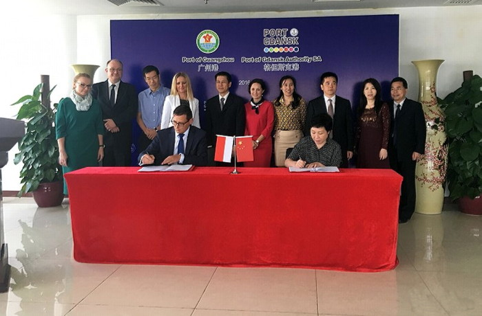 On 13 October, the Port of Gdansk and the Port of Guangzhou, signed a letter of intent. Photo: Port of Gdansk
