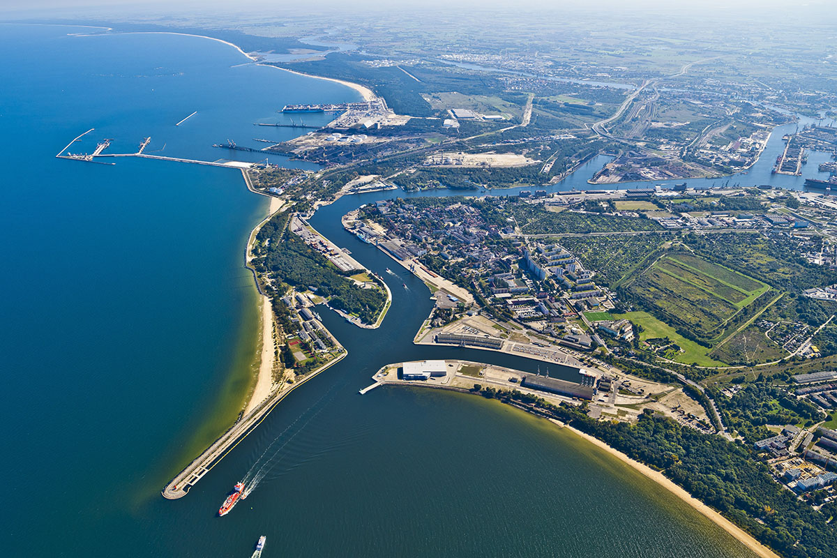 The Port of Gdansk with a historic yearly cargo volume record