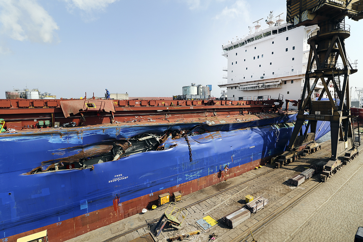 Delphis Gdansk in emergency repairs at Remontowa SA