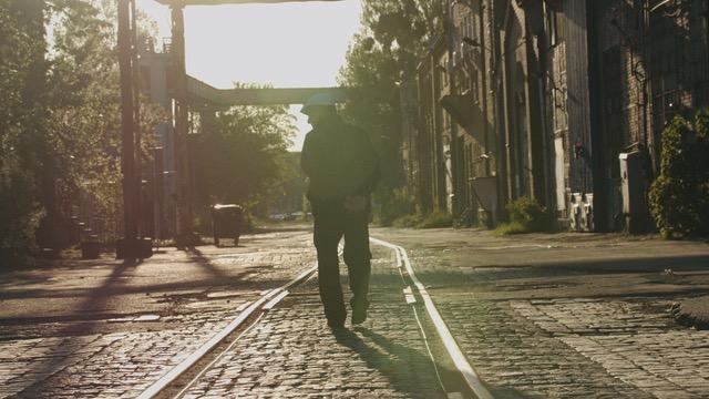 Stoczniowcy. Ludzie z tła – a documentary film