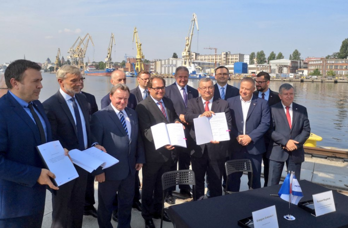 Agreements to improve rail access to ports in Szczecin and Świnoujście were signed