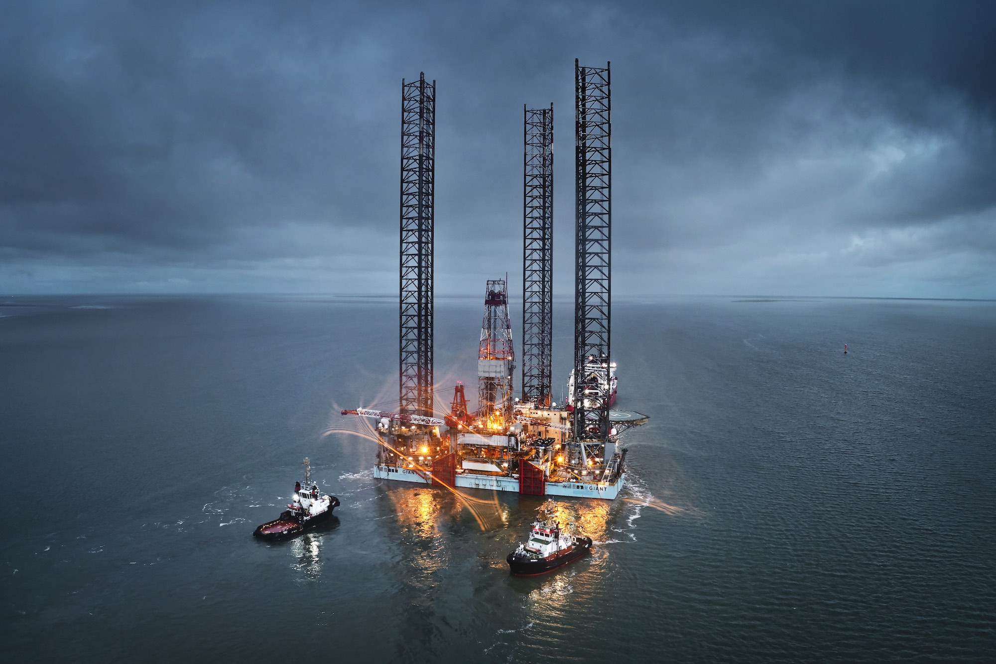 New LOTOS Petrobaltic platform headed for Gdańsk
