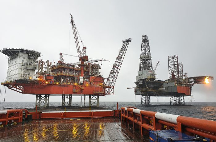 Petrobaltic platform was positioned on the B8 deposit in the Baltic Sea