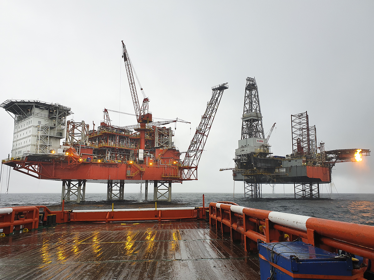 Petrobaltic platform on B8 deposit in the Baltic Sea