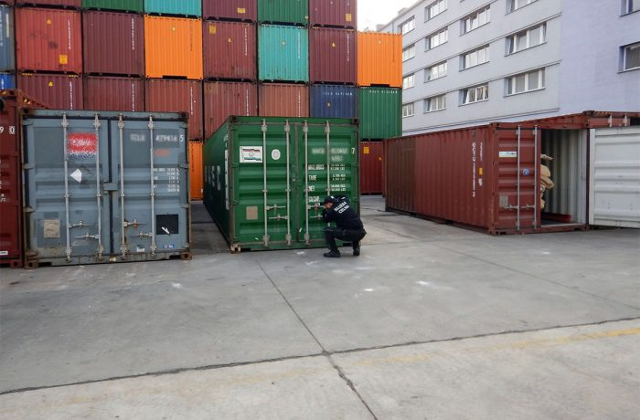 Almost two tonnes of cocaine detected in the port of Gdynia