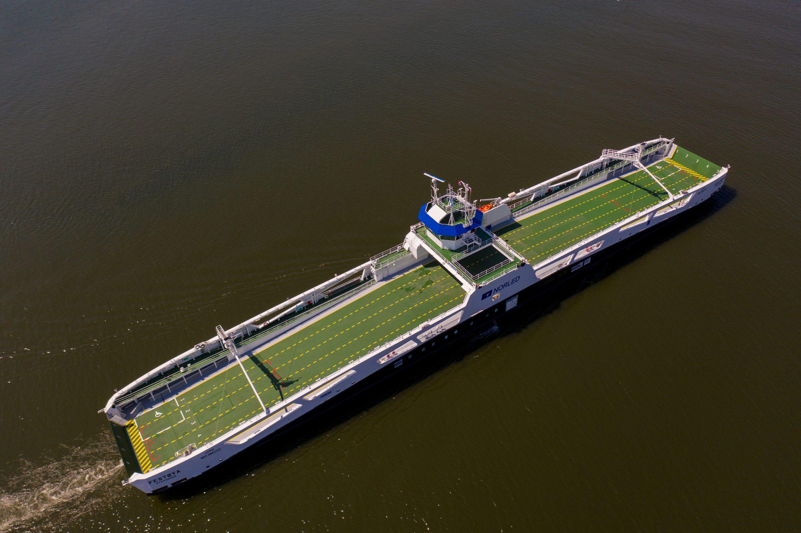 Remontowa Shipbuilding delivers FESTØYA to Norled