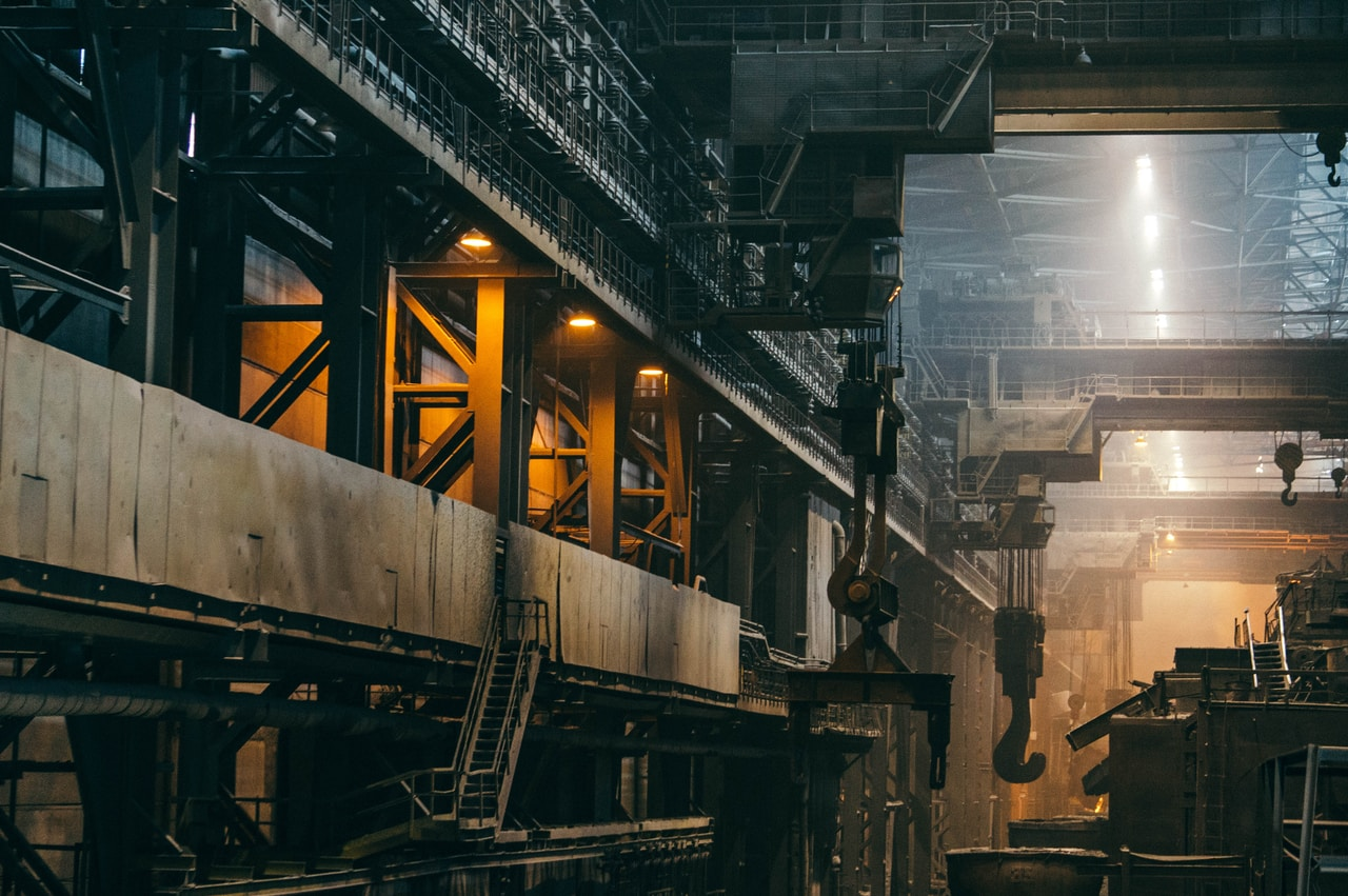 2 types of steel commonly used in the maritime industry