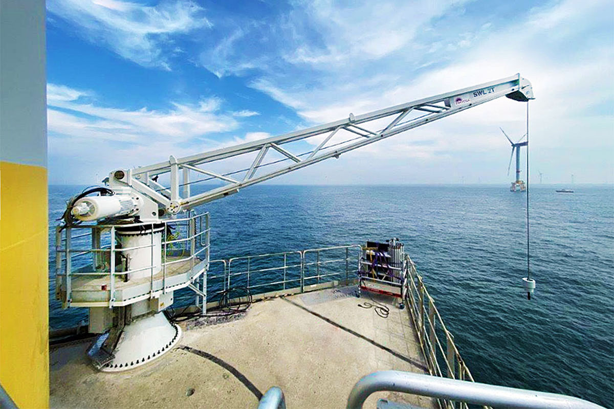 Protea's first service crane already operates on the Thorntonbank offshore wind farm