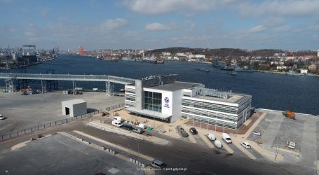 Public ferry terminal in the #Greenport concept