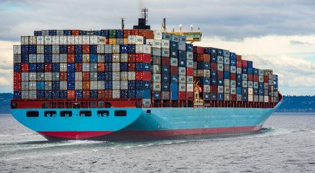 Container ships got stuck in traffic