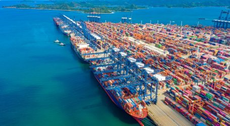 Covid-19 outbreaks at Chinese ports disrupt cargo shipments
