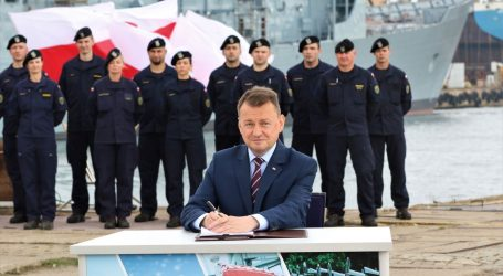 Contract for the delivery of three 'Miecznik' frigates signed!