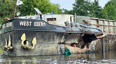 Collision of a Polish barge in Germany
