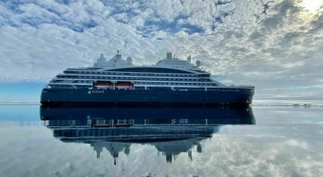 World's first LNG-powered cruise icebreaker