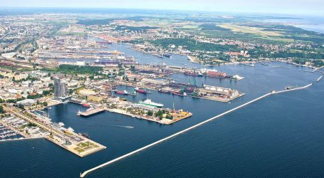 Port of Gdynia's transshipments increase by 12.5% from January to July