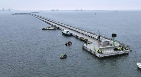 Modernisation of the breakwater system in the Northern Port of Gdansk